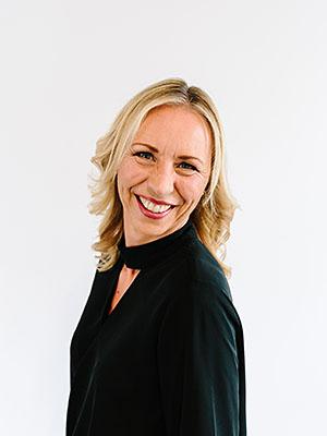 Kristin Reinhardt