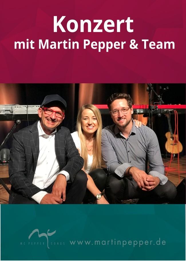 Martin & Jennifer Pepper mit Band
